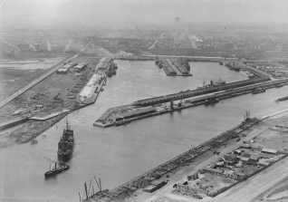 Victoria_docks_melbourne_in_the_1920s